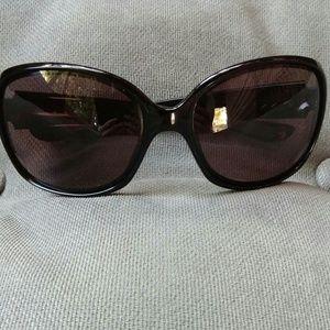f8c9fb4002 Oakley Accessories - Oakley Drizzle Polarized Sunglasses